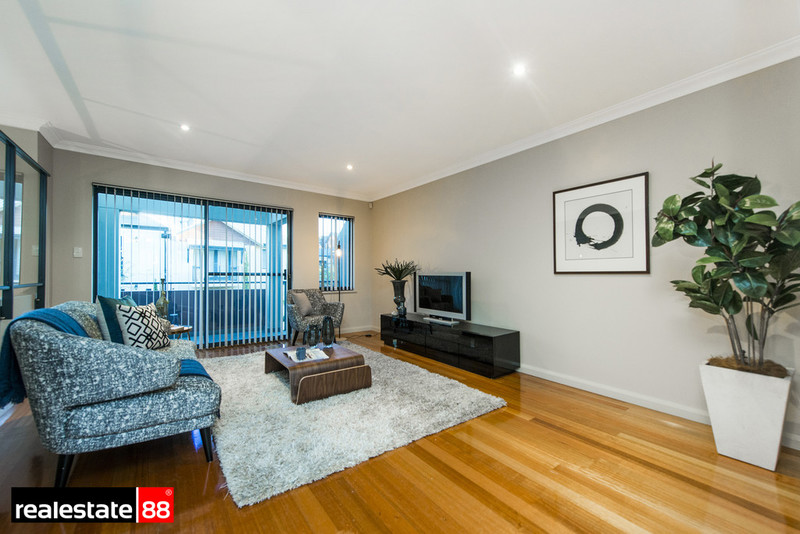 17 Tully Road, East Perth WA 6004