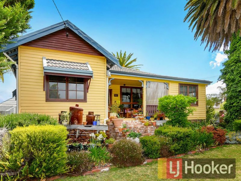173 Throssell Street, Collie WA 6225