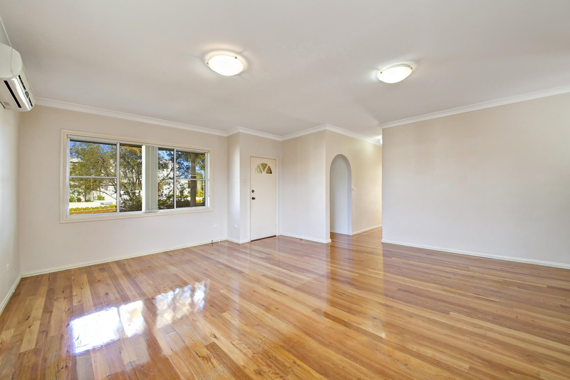 Photo - 1/75 Greenacre Road, Connells Point NSW 2221  - Image 2