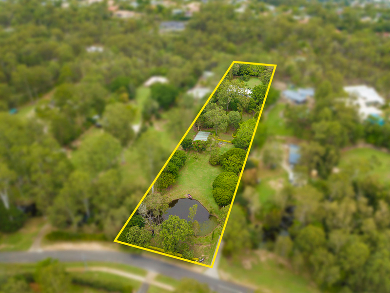 177 Dennis Road, Springwood QLD 4127