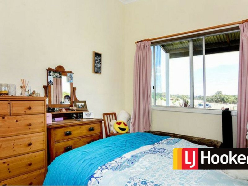 Photo - 179 Booth Street, Collie WA 6225  - Image 13