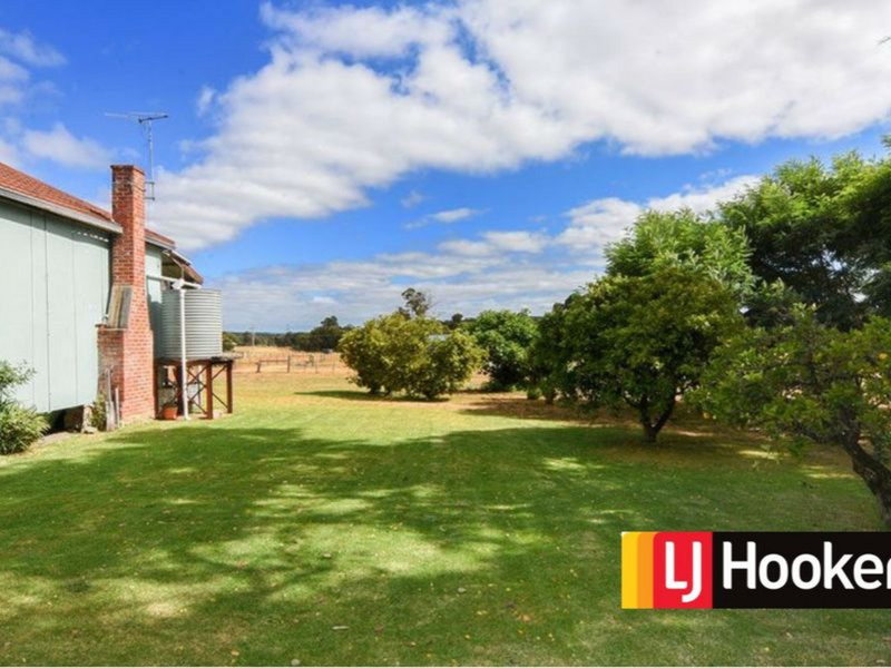 Photo - 179 Booth Street, Collie WA 6225  - Image 21