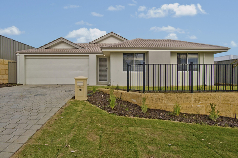 18 Brantwood Turn, Wellard WA 6170