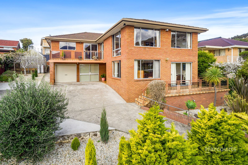 18 Plaister Court, Sandy Bay TAS 7005