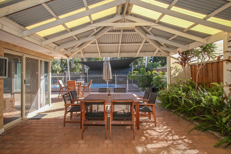 Photo - 18 Winchester Place, Ballajura WA 6066  - Image 24