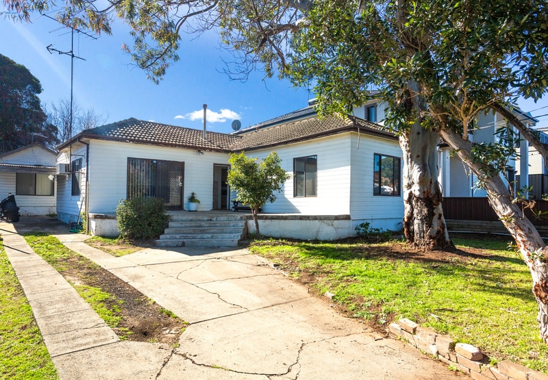 18 Winifred Street, Condell Park NSW 2200
