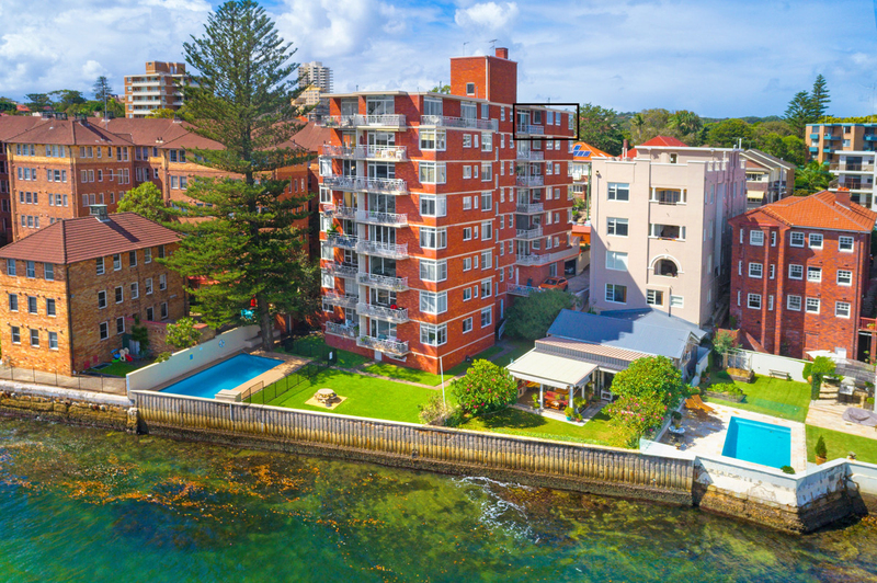 Photo - 18/12 Cove Avenue, Manly NSW 2095  - Image 4