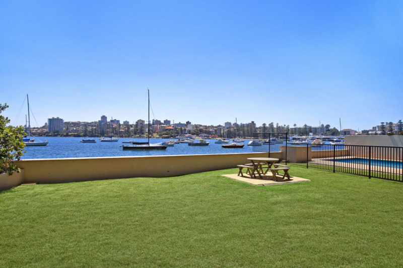 Photo - 18/12 Cove Avenue, Manly NSW 2095  - Image 8