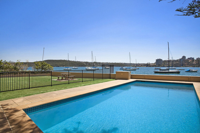 Photo - 18/12 Cove Avenue, Manly NSW 2095  - Image 9