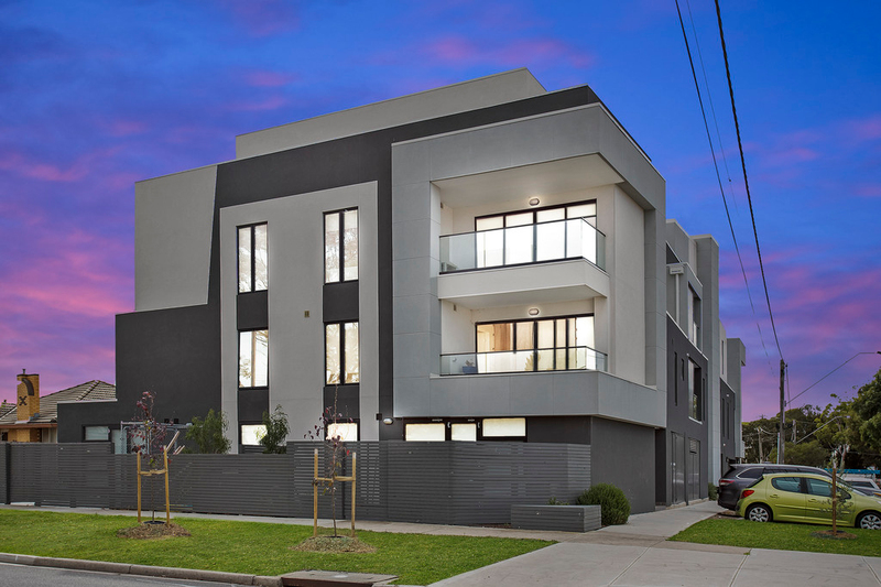 18/14 Albert Crescent, St Albans VIC 3021