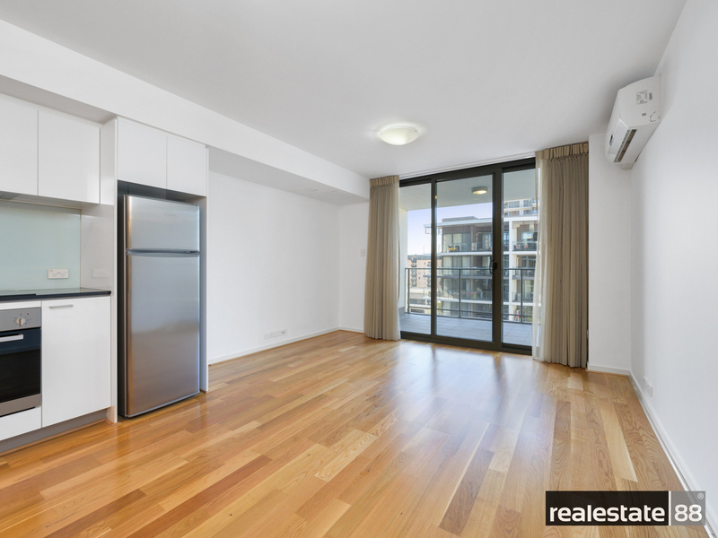 Photo - 183/143 Adelaide Terrace, East Perth WA 6004  - Image 13