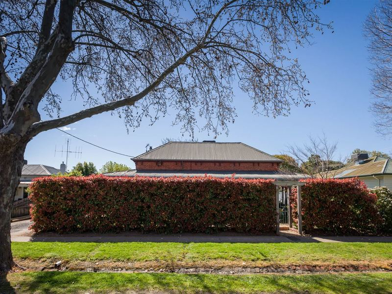 Photo - 19 Anderson Street, Euroa VIC 3666  - Image 6