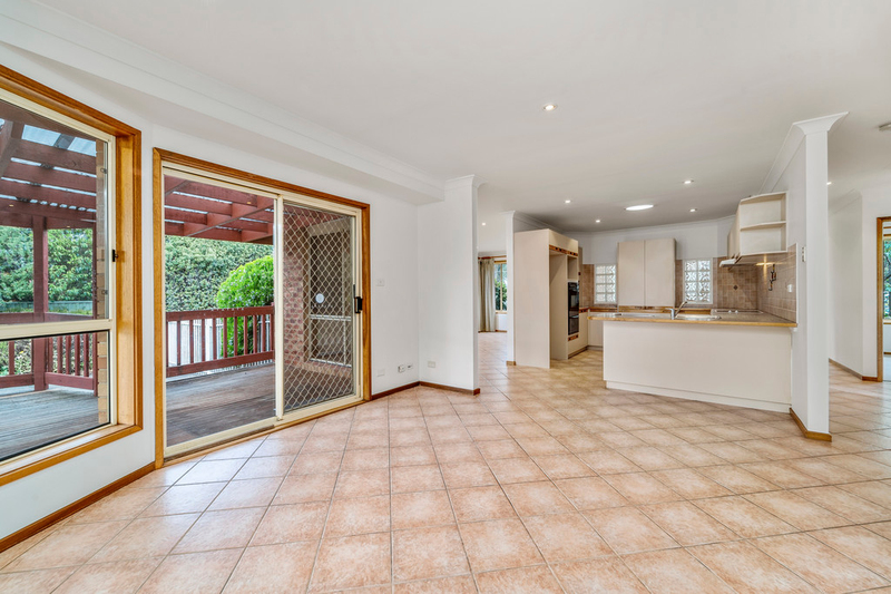 Photo - 19 Biffin Street, Cook ACT 2614  - Image 5