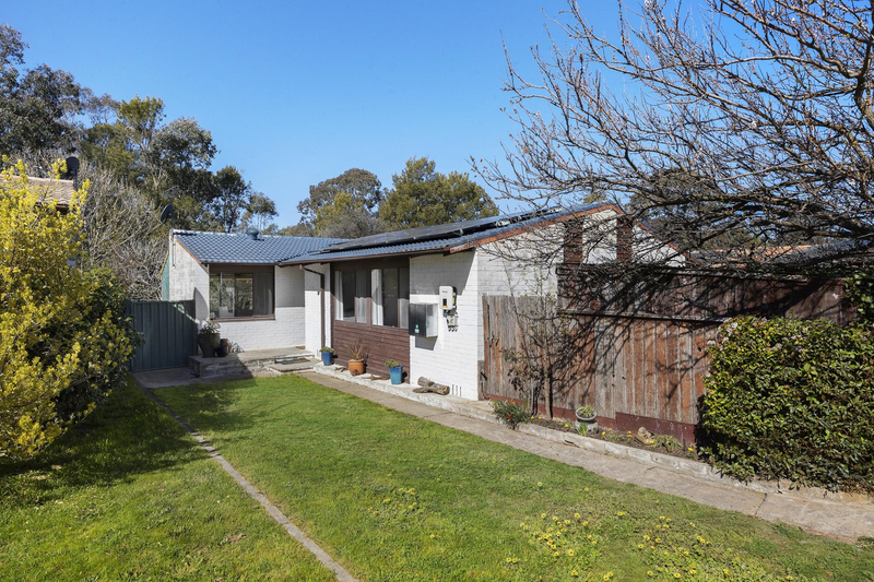 19 Donnison Place, Charnwood ACT 2615
