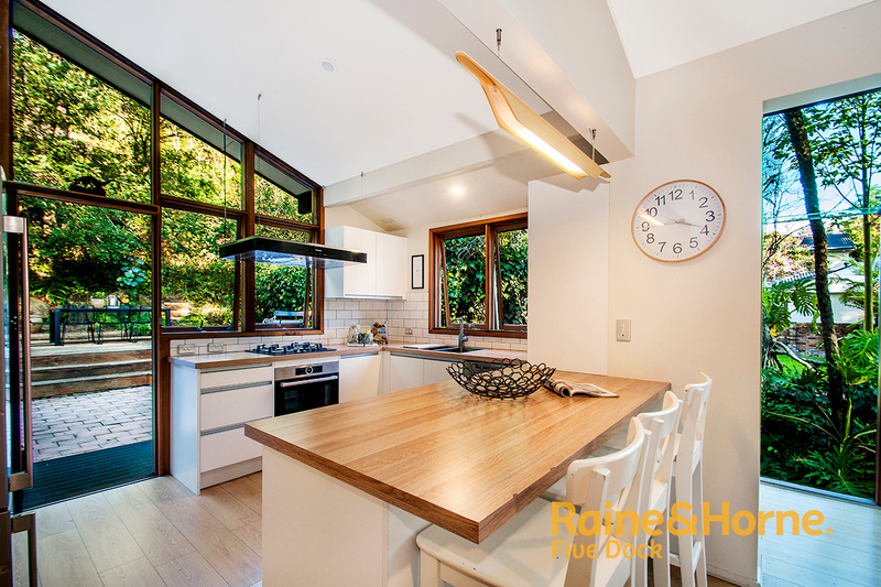 19 Gould Ave St Ives NSW 2075