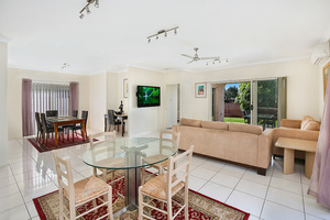 MAROOCHYDORE STUNNER - DON'T MISS OUT