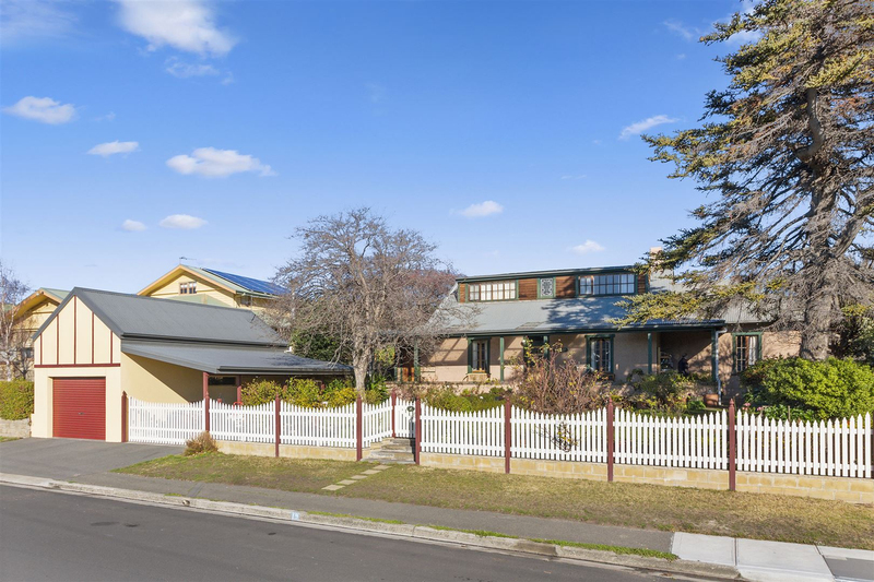 19 Queen Street, Bellerive TAS 7018