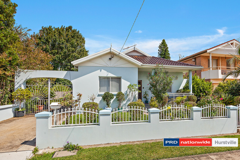 Photo - 19 Taunton Road, Hurstville NSW 2220  - Image 1