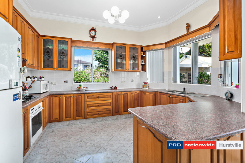 Photo - 19 Taunton Road, Hurstville NSW 2220  - Image 3
