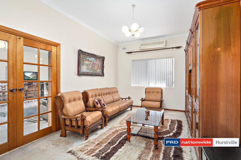 Photo - 19 Taunton Road, Hurstville NSW 2220  - Image 4