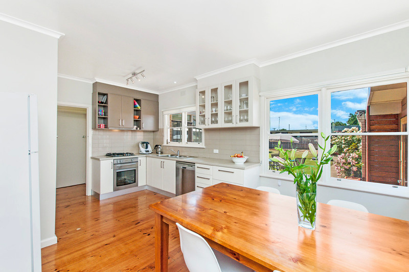 Photo - 19 Wright Street, Hamilton VIC 3300  - Image 2