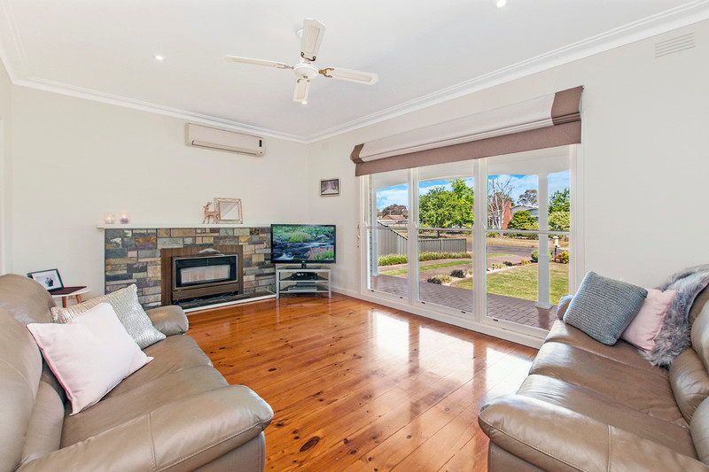 Photo - 19 Wright Street, Hamilton VIC 3300  - Image 3