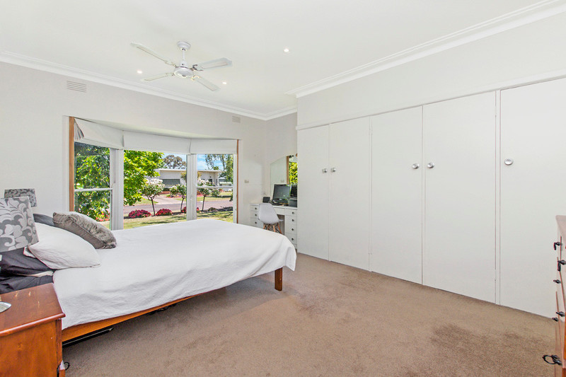Photo - 19 Wright Street, Hamilton VIC 3300  - Image 5