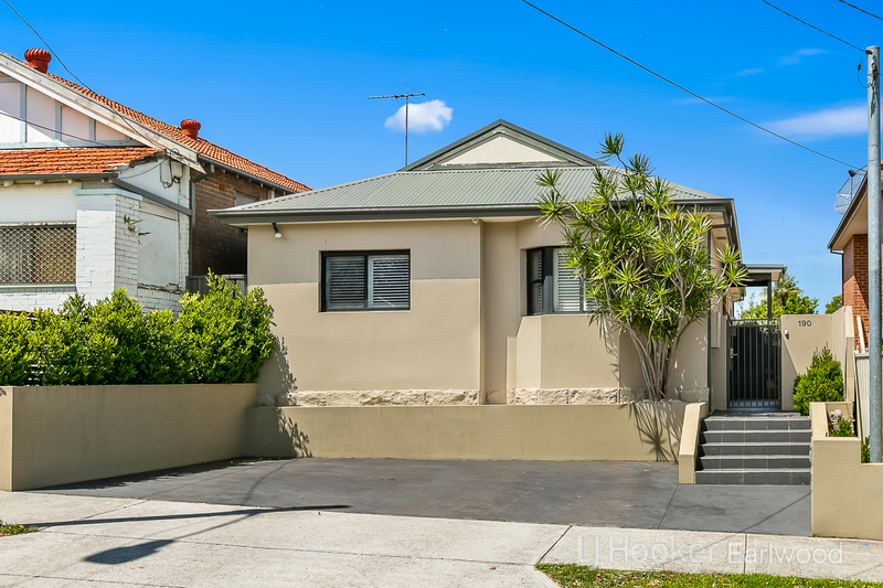190 Bexley Road, Earlwood NSW 2206
