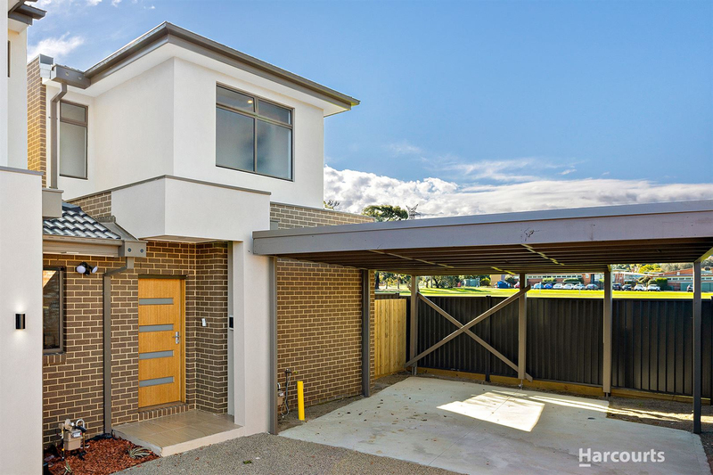 Photo - 2 & 3/21 Diosma Drive, Glen Waverley VIC 3150  - Image 1