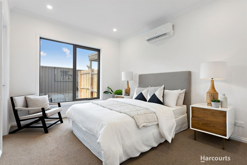 Photo - 2 & 3/21 Diosma Drive, Glen Waverley VIC 3150  - Image 5