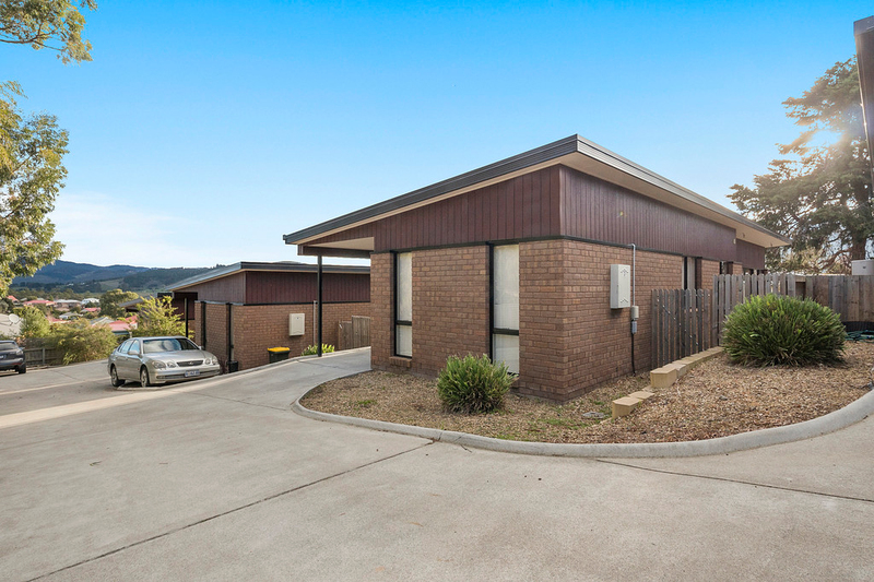 2-5/137 Redwood Road, Kingston TAS 7050