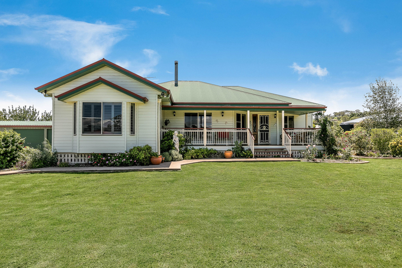 2 Andrews Court, Hodgson Vale QLD 4352