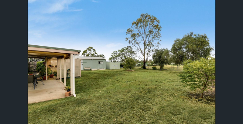 Photo - 2 Balfour Street, Wyreema QLD 4352  - Image 12