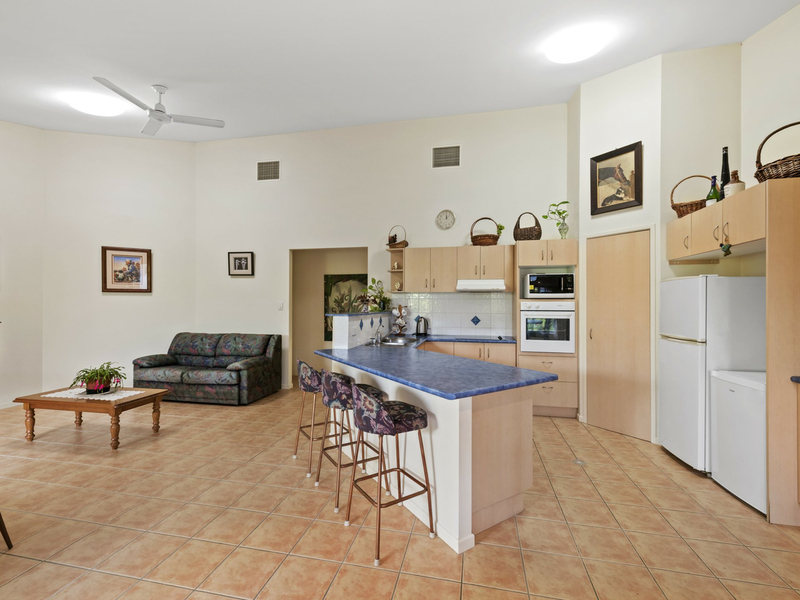 2 Carnoustie Court, Twin Waters QLD 4564