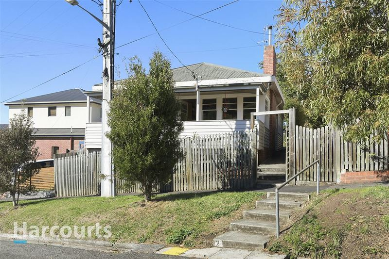 2 Cato Avenue, West Hobart TAS 7000