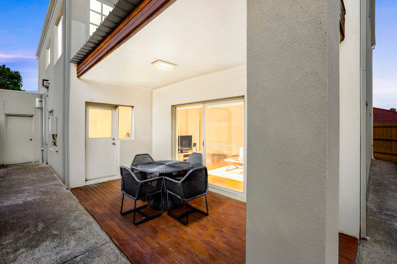 Photo - 2 Coonil Street, Oakleigh South VIC 3167  - Image 11