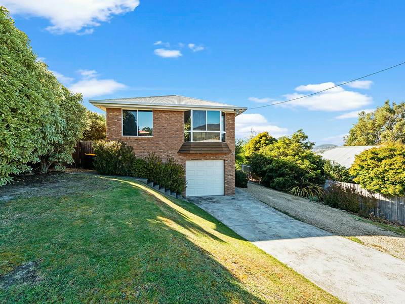 Photo - 2 Kristen Court, Claremont TAS 7011  - Image 1