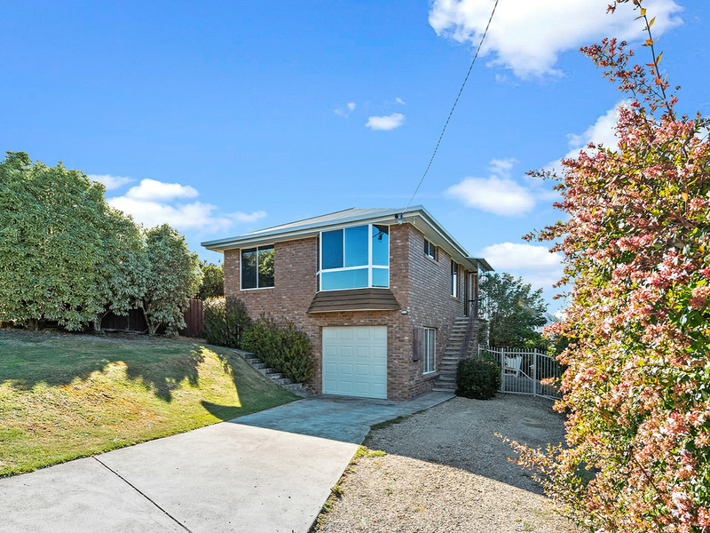 Photo - 2 Kristen Court, Claremont TAS 7011  - Image 2