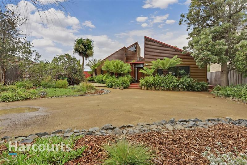 2 Leyden Court, Seven Mile Beach TAS 7170