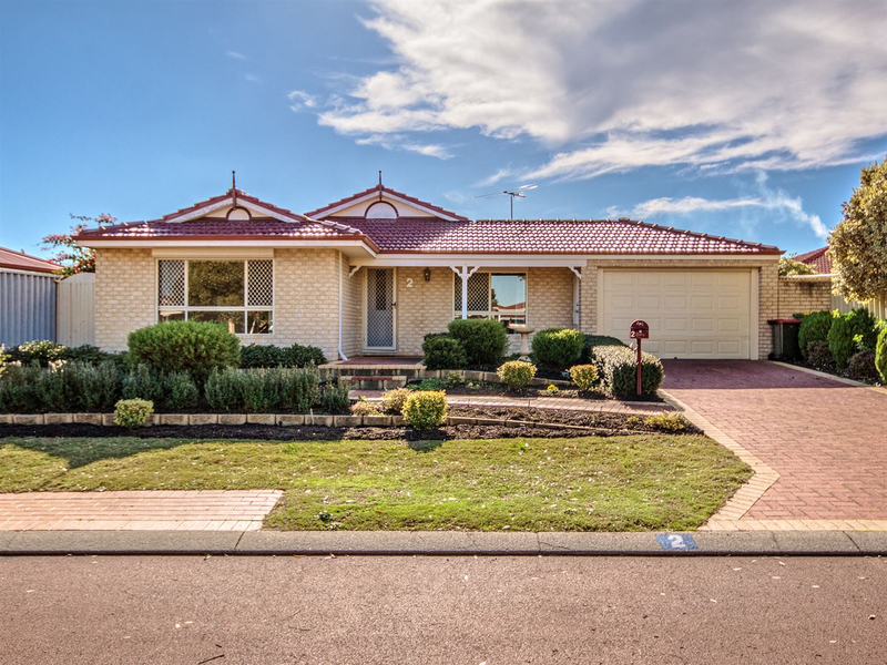 2 Royal Palm Drive, Warnbro WA 6169
