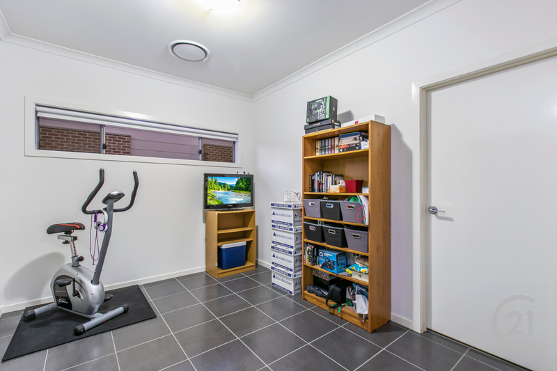 Photo - 2 Stable Street, Pakenham VIC 3810  - Image 7