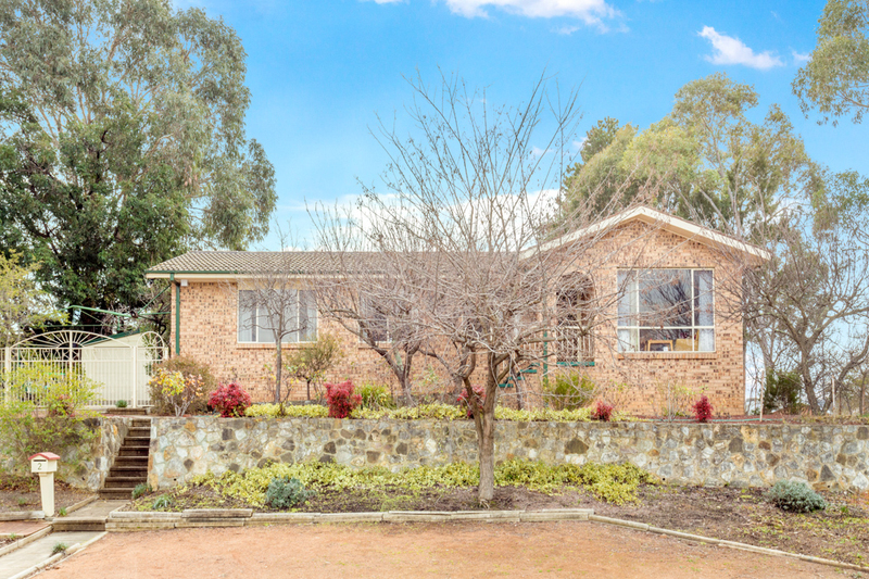 2 Stacy Street, Gowrie ACT 2904