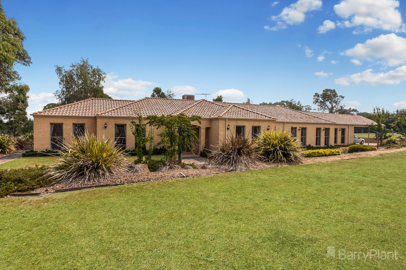 2 The Heights, Hidden Valley VIC 3756