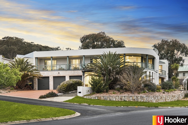 2 Tully Place, Jerrabomberra NSW 2619