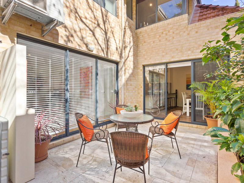 20 Beacon Terrace, East Perth WA 6004