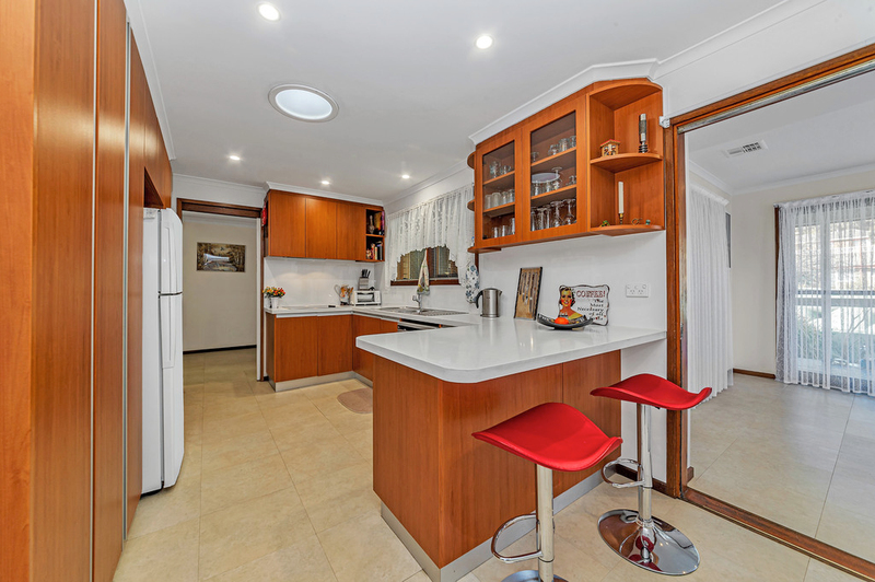 Photo - 20 Carwoola Place, Queanbeyan East NSW 2620  - Image 4