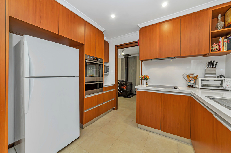 Photo - 20 Carwoola Place, Queanbeyan East NSW 2620  - Image 7