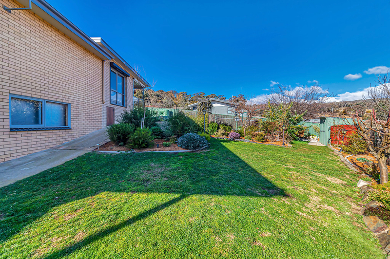 Photo - 20 Carwoola Place, Queanbeyan East NSW 2620  - Image 18