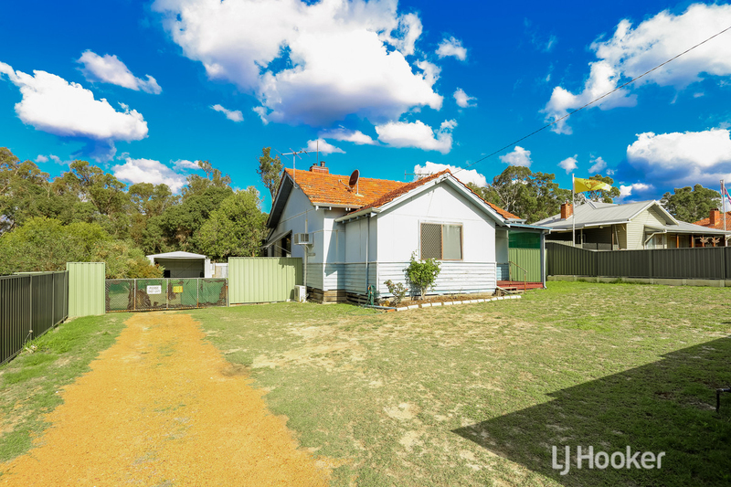20 Telfer Crescent, Collie WA 6225