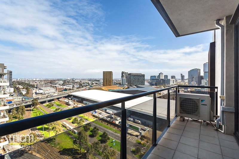 2008/63 Whiteman Street, Southbank VIC 3006